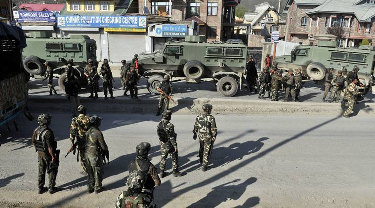 J&K, CRPF convoy, CRPF convoy attacked, militant attack, Sempora, Pulwama, jammu and kashmir, india news, indian express news