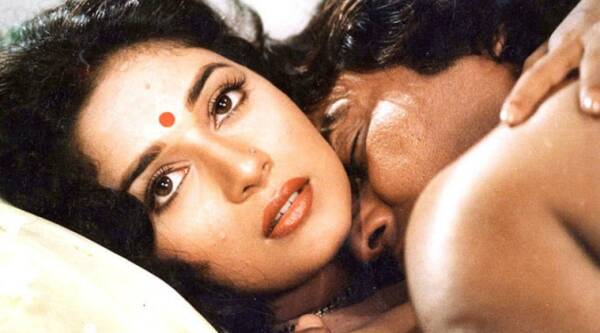 dayavan pics, dayavan stills, dayavan madhuri dixit, dayavan vinod khanna, dayavan images, bollywood news, entertainment updates, indian express