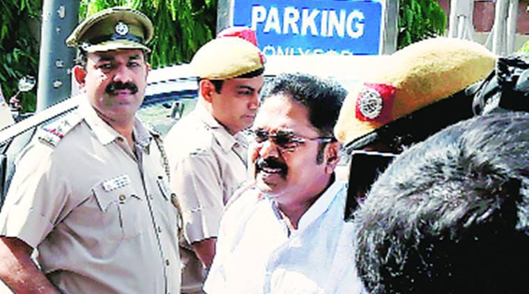 Hawala operator arrested in Chennai in connection with Dinakaran's bribery case