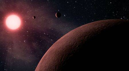 Exoplanet, three times larger than Jupiter,Planet Moa, Gravitational microlensing,University of Canterbury Mt John Observatory, extrasolar planets, G Dwarf, Science, Science news