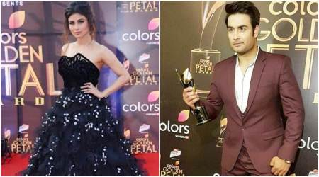 Golden Petal Awards 2017: Mouni Roy of Naagin 2, Vivian Dsena of Shakti win Best Actor trophy. See pics