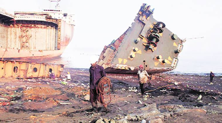 Gujarat: Only 4 per cent growth, Alang shipbreaking business continues to languish