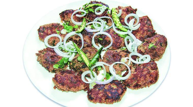 Ghulam Hamadan Mushafi, Lucknow food, Lucknow cuisines, Lucknow dishes, Lucknow food platter, kebabs, food, lifestyle, indian express, indian express news
