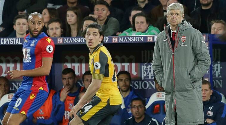 Arsene Wenger discusses using new system for Arsenal v Man City