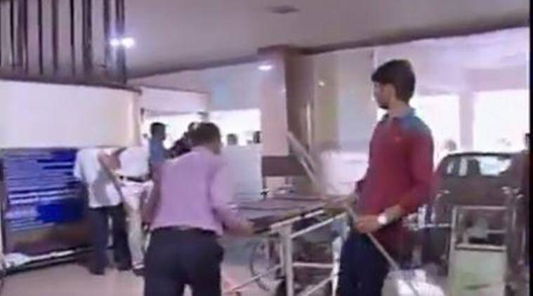 thane, thane hospital, tahne hospital vandalised, patient death, doctor attack, doctor assault, indian express news, india news, thane news, doctor strike, latest news