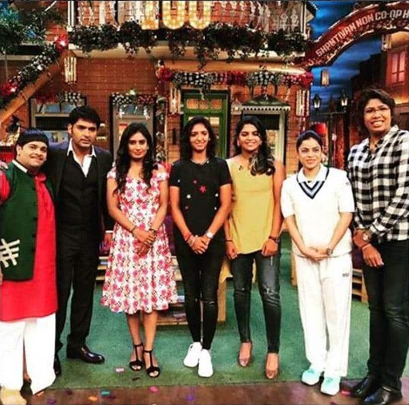 kapil sharma, indian women cricket team, kapil sharma 100 episode images