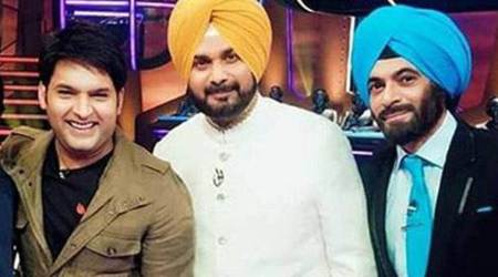 Kapil Sharma thanks Sunil Grover and others, Navjot Singh Sidhu requests them to return. Watch emotional video