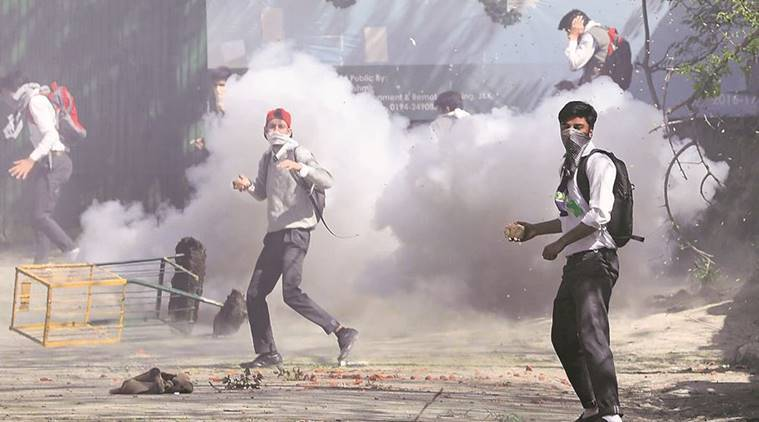Kashmir unrest, Jammu and kashmir, kashmir violence, stone-pelting in Kashmir, BJP, BJP-PDP, BJP-PDP government, BJP_PDP meeting, BJP-PDP kashmir, kashmir valley unrest, J&K, J-K, india news, indian express news