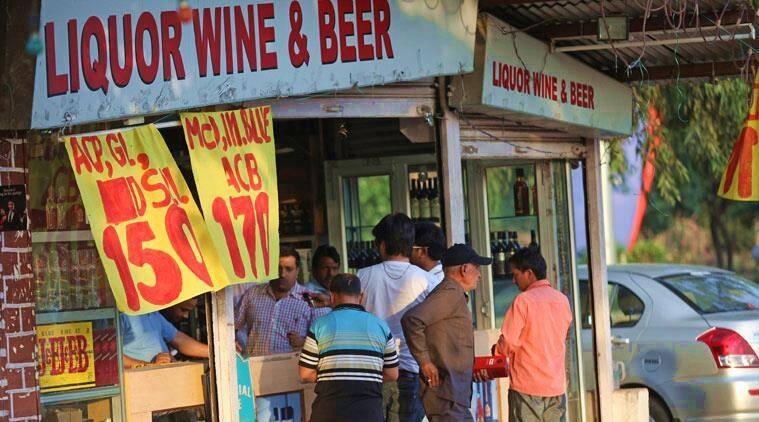 closure of alcohol-selling establishments near highways, SC Highway Liquor Ban, Maharashtra government road development scheme, Maharashtra News, Indian Express News