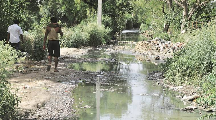 Delhi: Three sanitation workers die of asphyxiation, BJP seeks probe