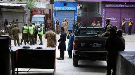 Pakistan blast: Suicide bomber targets Army vehicle in Lahore, sixdead