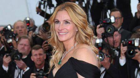 julia roberts, julia roberts people most beautiful, julia roberts most beautiful woman 2017, julia roberts, people most beautiful woman 2017, julia roberts diet regimen, julia roberts beauty secrets, julia roberts favourite dress, indian express, indian express news