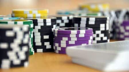 Mumbai: Poker party at hotel raided, 135 detained