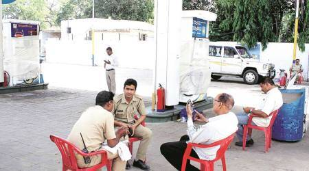Thane petrol pump scam: 'Racket using chip operating across state'