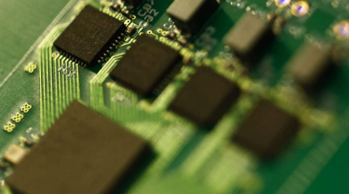car chip shortage, smartphones, semiconductor shortage, smartphone chip, smartphone chip shortage,