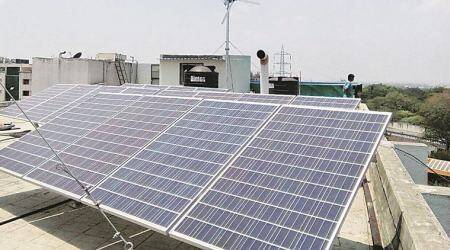 Govt to auction up to 21 GW of solar, wind capacities by March2018