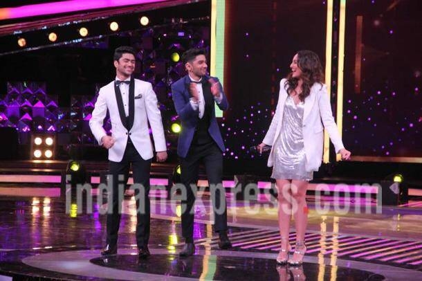 Noor promotions: Sonakshi Sinha is a disco ball on the sets of Dil Hai Hindustani