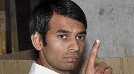 Tej Pratap Yadav stages demonstration at police station; accuses inspector of misbehavior