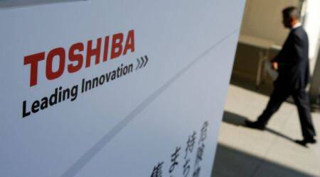 Toshiba warns of its ability as a going concern