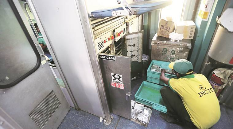 Railways: IRCTC cautions passengers against unauthorised food delivery services