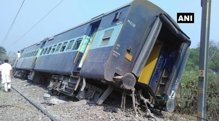 8 coaches of Rajya Rani Exp derail near Rampur, 2 injured