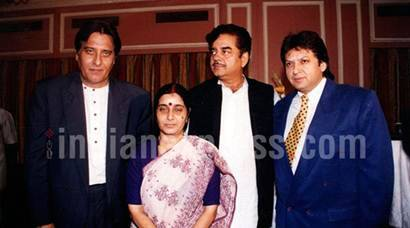Vinod Khanna's political journey in pictures