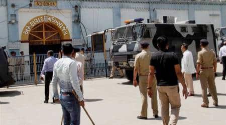 Gujarat ATS takes terror suspect to Ahmedabad forinterrogation