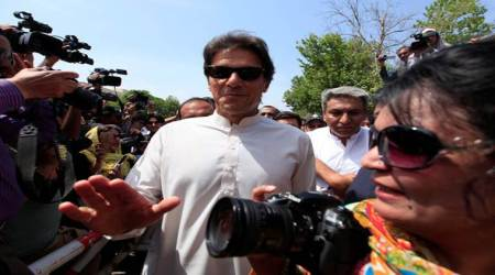 Imran Khan likens Pakistani leaders to East India company officials