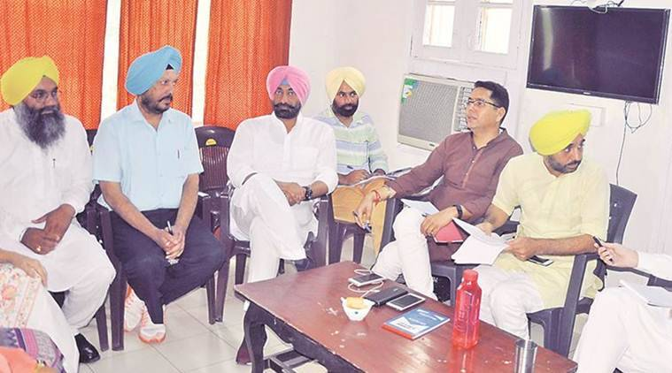 AAP MLA Sanjeev Jha again attempts hunger strike despite detention