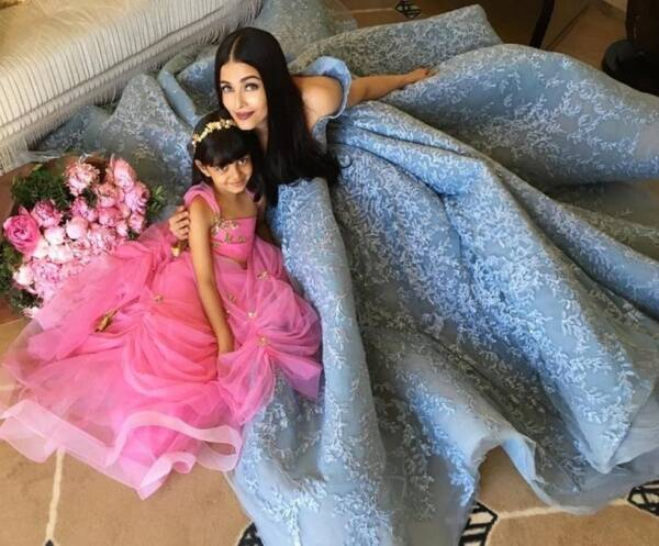 aishwarya rai cannes, aishwarya rai cannes aaradhya, aishwarya aaradhya, aish aaradhya, aish daughter, aishwarya daughter, aishwarya cannes pics, aishwarya aaradhya cannes pics, aaradhya cannes pics, aaradhya latest pics, aish latest pics, aishwarya red carpet cannes, aishwarya cannes looks, cannes 2017, cannes 2017 pics, bollywood news, entertainment updates, indian express, indian express news, indian express entertainment