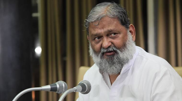 anil vij vehicle attacked, stones pelted at anil vij's vehicle, haryana health minister anil vij, haryana minister's vehicle damaged, bjp leader's vehicle stone pelted