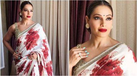 bipasha basu, sabyasachi, bipasha sabyasachi sari, sabyasachi udaipur collection, bipasha basu sabyasachi floral sari, sabyasachi floral print saree, fashion news, celeb fashion, entertainment news, indian express