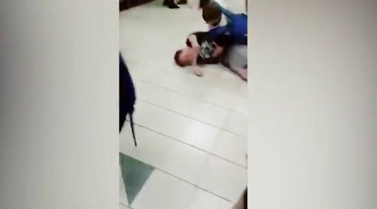 bully in a school, bully gets beaten, viral videos, bully gets beaten by one he was bullying, indian express, indian express news