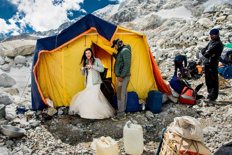 wedding, wedding photography, unusual wedding, destination wedding, mt everest, wedding on mt everest, wedding on everest, adventure wedding photography, adventure wedding, viral photos, viral news, trending news, latest news, indian express
