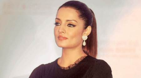 Celina Jaitly's father dead, the pregnant star cuts short her Dubai vacation and rushes back to India