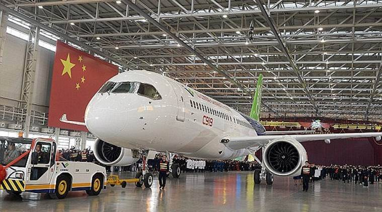 1st large Chinese-made passenger jet takes its maiden flight