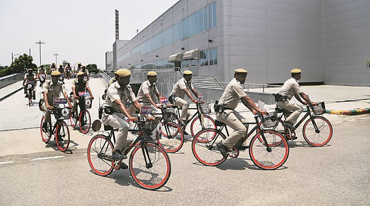 ips officers, ips promotion, fat police officers, police promotion, home ministry, Department of Personnel and Training