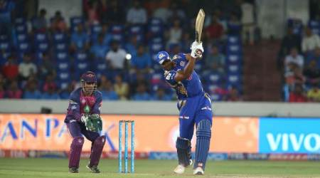 ms dhoni, dhoni, mahendra singh dhoni, ipl 2017, ipl final, ipl final 2017, dhoni pollard field, dhoni pollard, cricket news, cricket, indian express