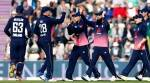 Mark Wood bowls superb final over to help England beat South Africa in thrilling secondODI