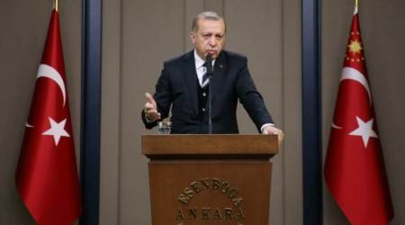 Recep Tayyip Erdogan threatens not to ratify Paris climate accord