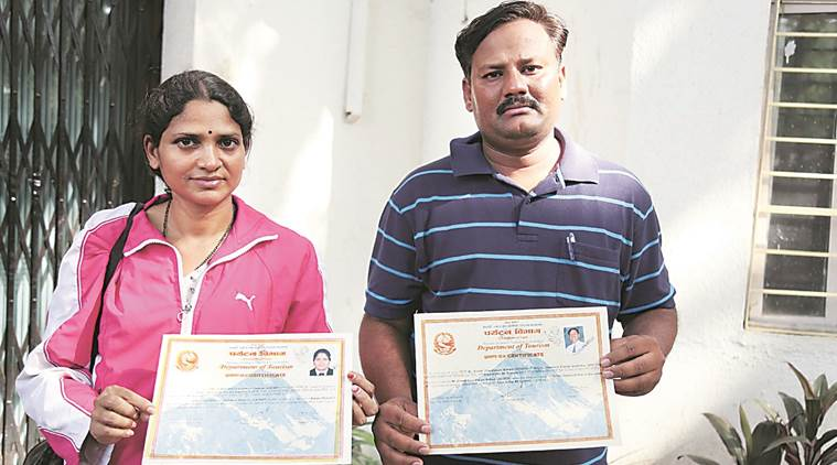 fake everest climbers, everest base camp, pune constable couple fake everest climb, mount everest, indian express
