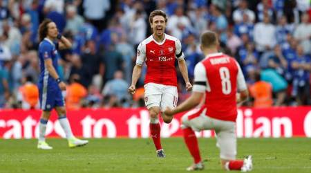 Arsenal beat Chelsea 2-1 to win FA Cup for 13th time