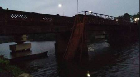 Goa bridge collapse: 3 bodies fished out, govt says all bridges will be reviewed