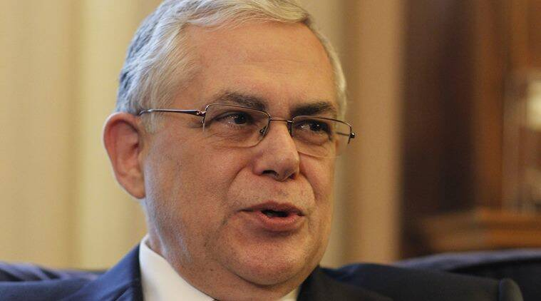 greece car explosion, ex greek pm wounded, athens car explosion, lucas papademos injured,former greek pm injured, world news, euro news, greece news, indian express