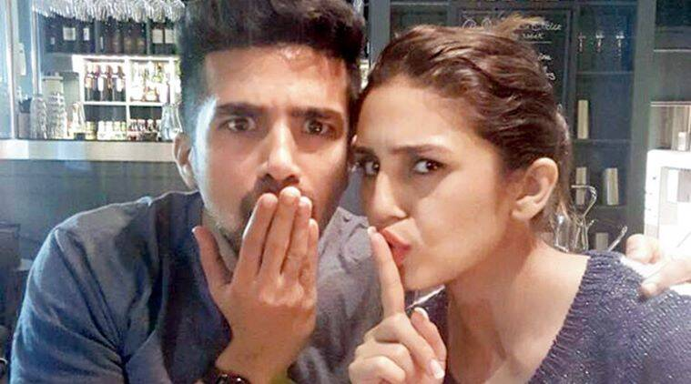 Huma Qureshi, Dobaara: See Your Evil, Huma Qureshi Saqib Saleel, Huma qureshi sibling