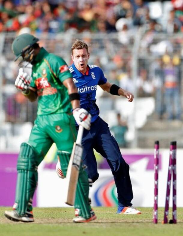 Cricket - England v Bangladesh - Second One Day International