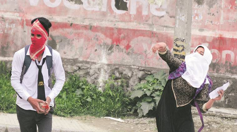 kashmir, kashmir unrest, kashmir student protest, srinagar student protest, kashmir exam, kashmir school closed, J&K government, mufti government, altaf bukhari, indian express news, india news