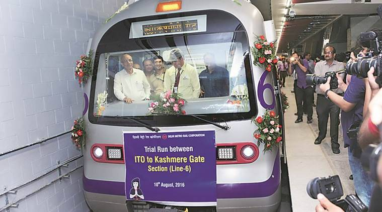 Arvind Kejriwal, Venkaiah Naidu flag off the 'Heritage Line' of Delhi Metro