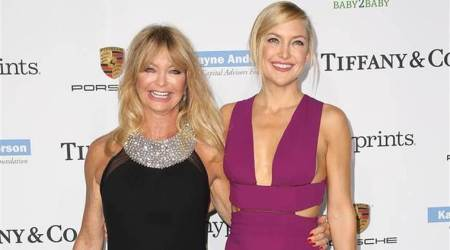 Goldie Hawn, Kate Hudson, Goldie Hawn Kate Hudson, Goldie Hawn snatched, Kate Hudson Marshall