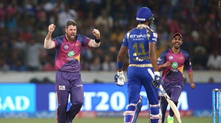 Pune restrict Mumbai to 129/8 in IPL final